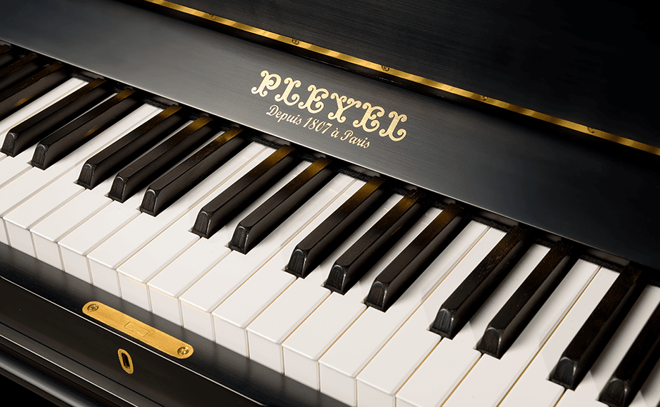 Uprights pianos